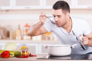 Man_Tasting_Food