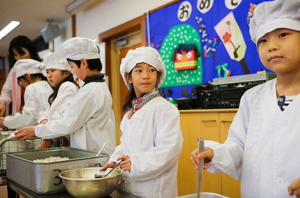 Find Out What Happens During Lunch Hours in Japanese Schools